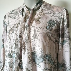 SEVEN7 Melissa McCarthy Map Zodiac Blouse Medium